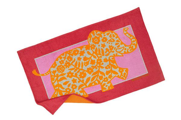 Las toallas del verano 2011: HERMÉS y CHANEL
